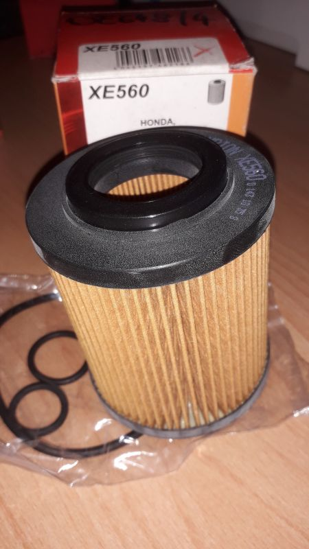 Champion olejový filtr pro Honda Lexus Opel