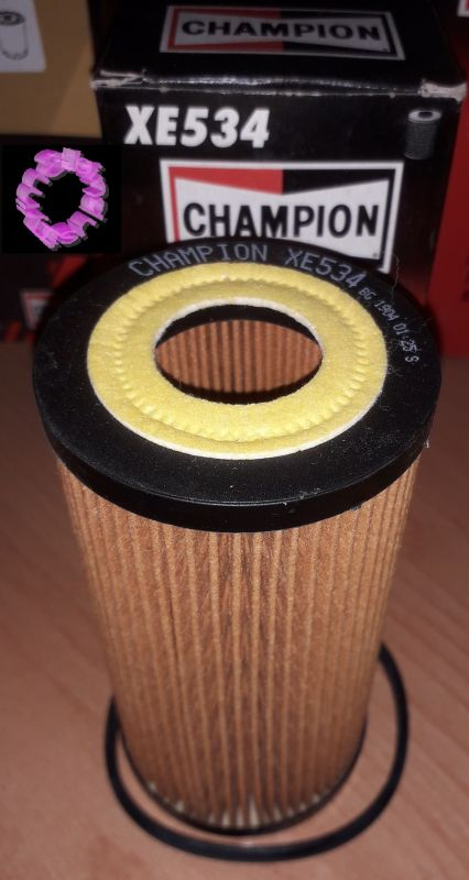 Champion olejový filtr pro vozy Audi Seat Škoda VW