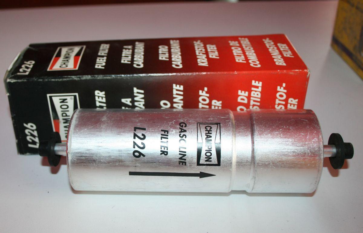 CHAMPION - Palivový filtr-L226