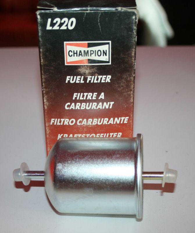 palivový benzínový filtr Nissan Bluebird Cherry III Laurel Praire Sunny