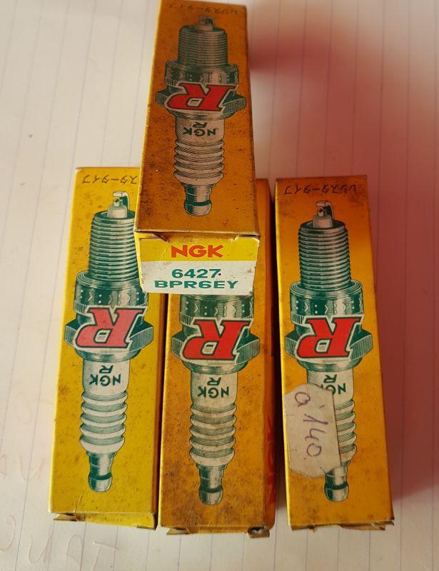 NGK - Zapalovací svíčka 6427 - BPR6EY