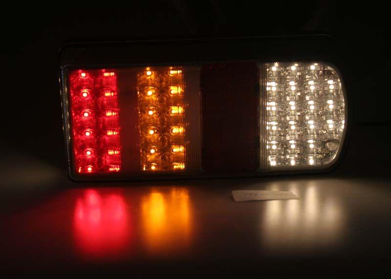 sdružená LED lampa zadní pravá.