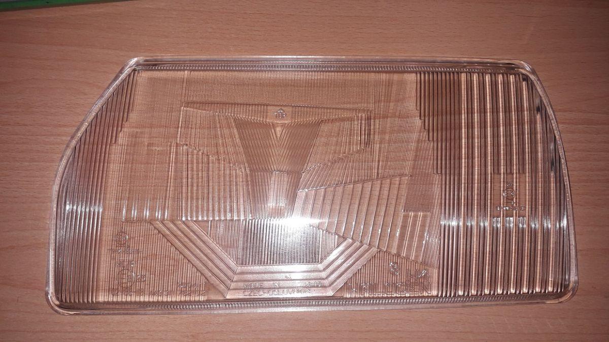 sklo pravé přední světlomet pro Favorit+Forman