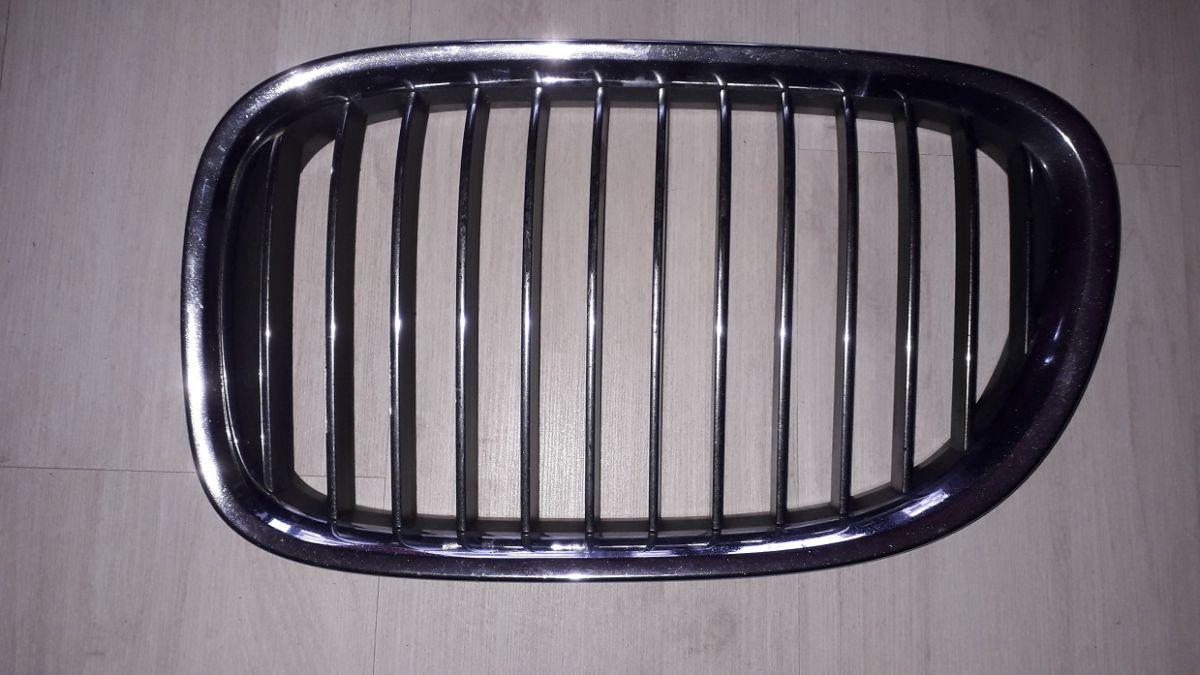 levá maska mřížka ledvinka přední kapoty Bmw 5 E60 2004-2007 k renovaci